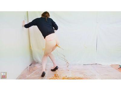 素人投稿 ダイナマイト浣腸我慢録 ~肛門を塞がれた女達の爆発下痢グソ~ 2