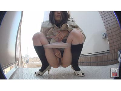 素人投稿 自画撮りシリーズ095 野外排泄 FILE12 1