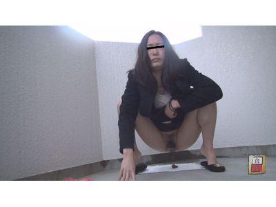 素人自画撮り投稿 野外排泄FILE14 うんこ限定 4