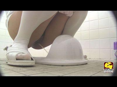盗撮!!ボットンのぞき視トイレ1 〜看護婦編〜 3