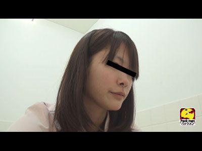 ★フルハイビジョン★盗撮!ボットンのぞき視トイレ2 〜看護婦編〜 2