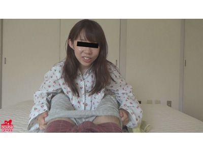 妹の痴女的寝起きフェラ 1