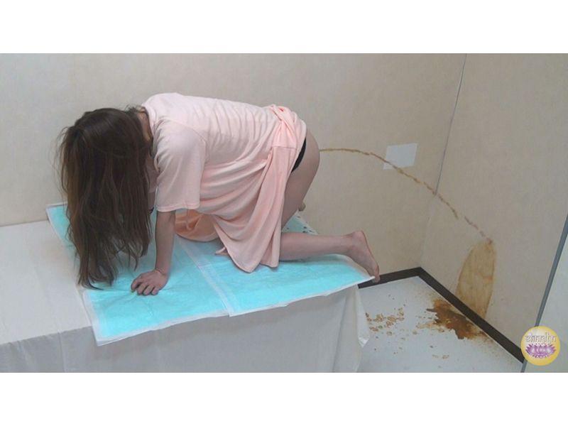 隠撮 新生 腸内洗浄クリニック~うんちと戦った女たち~ 2