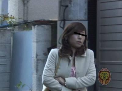 強襲撮 胸出しダッシュ!!8 1