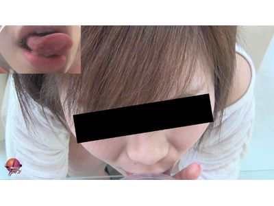 口膣内丸見えあなたを見つめてフェラします 4