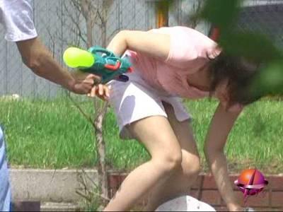 悪戯水鉄砲ヌレパン・スケブラ 〜娘達にロックオン!〜 3