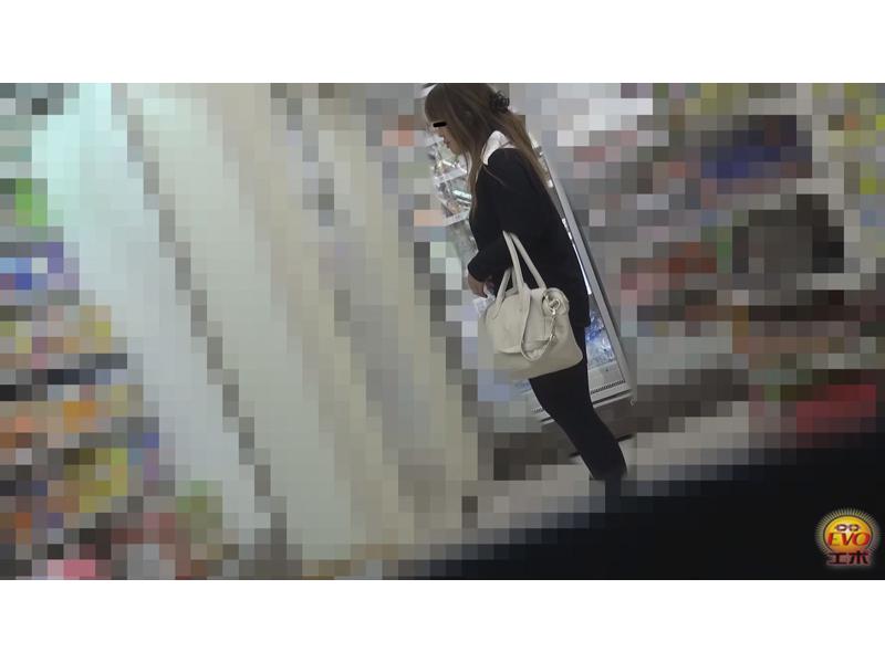 実録 コンビニトイレ24時!! ~美女が多いトイレを盗撮~ 1