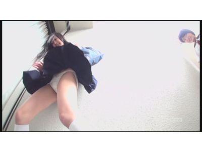 通学女子校生 強風どっきりパンモロ VOL.9 ~足元から奇跡の風が!~ 1