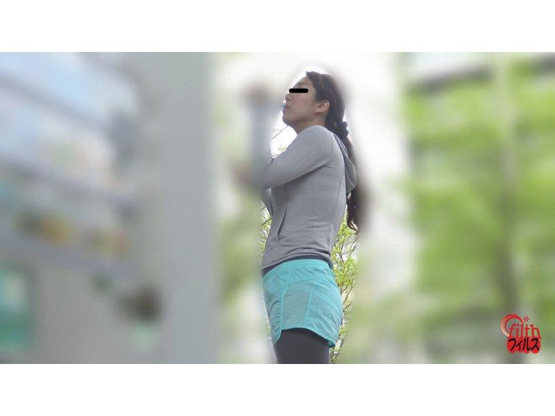 公衆トイレ盗撮 美ジョガーうんこ! 4