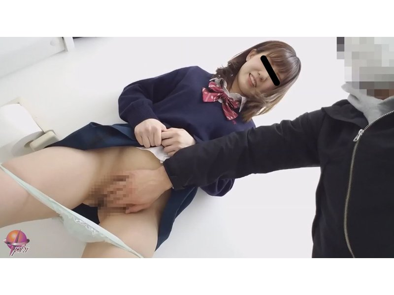 マンコに媚薬塗布痴姦 4