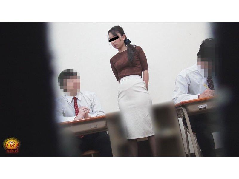 隠撮 女教師おしっこ 3時限目 4